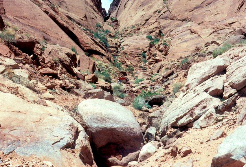1980 Hole in the Rock Canoe Trip - 06.jpg