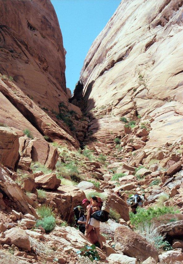 1980 Hole in the Rock Canoe Trip - 10.jpg