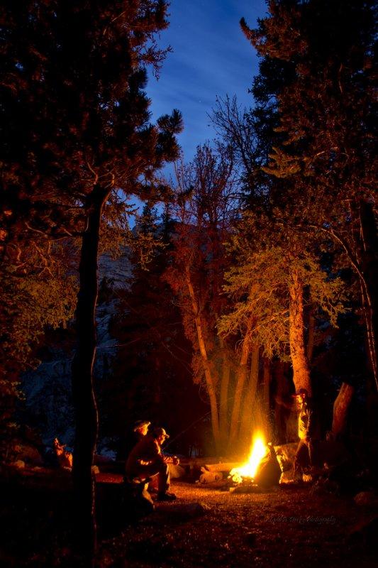 472_camp_campfire_25%.jpg