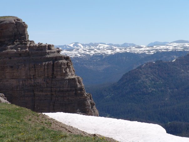 Absaroka Mount Sublette View Northeast July 2009.jpg