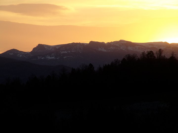 Absaroka Teteon Wilderness Sunrise.jpg