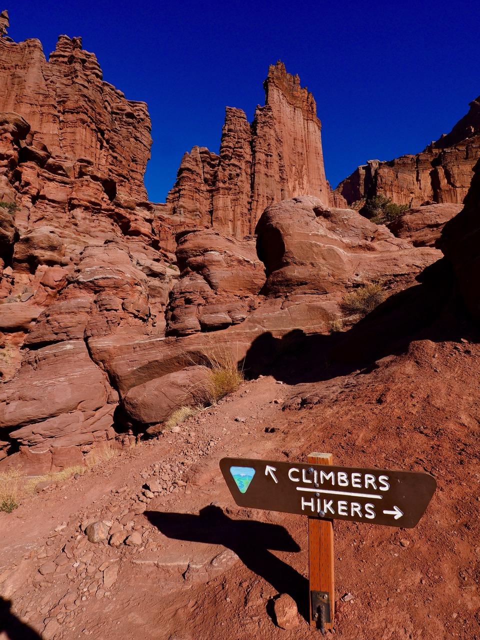 climbers-hikers-sign-PC120031.jpg