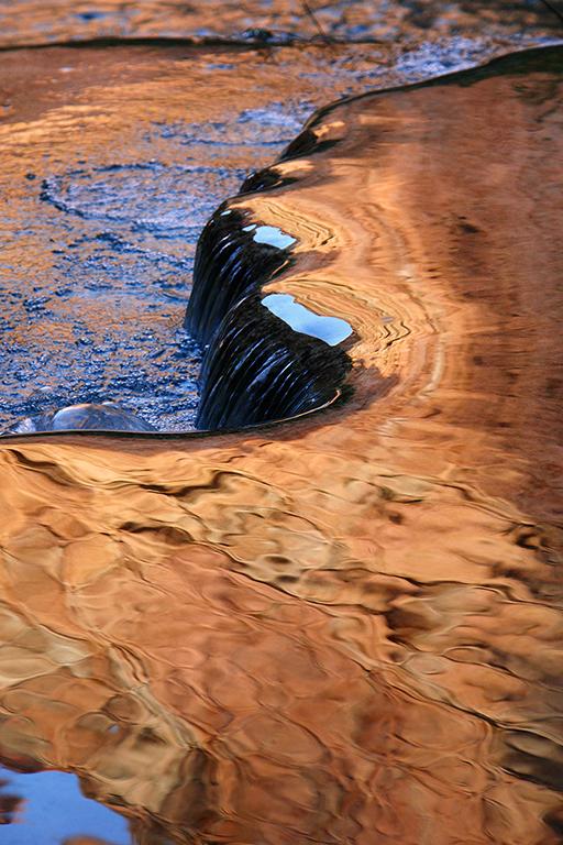 Cours d\'eau dorée.jpg