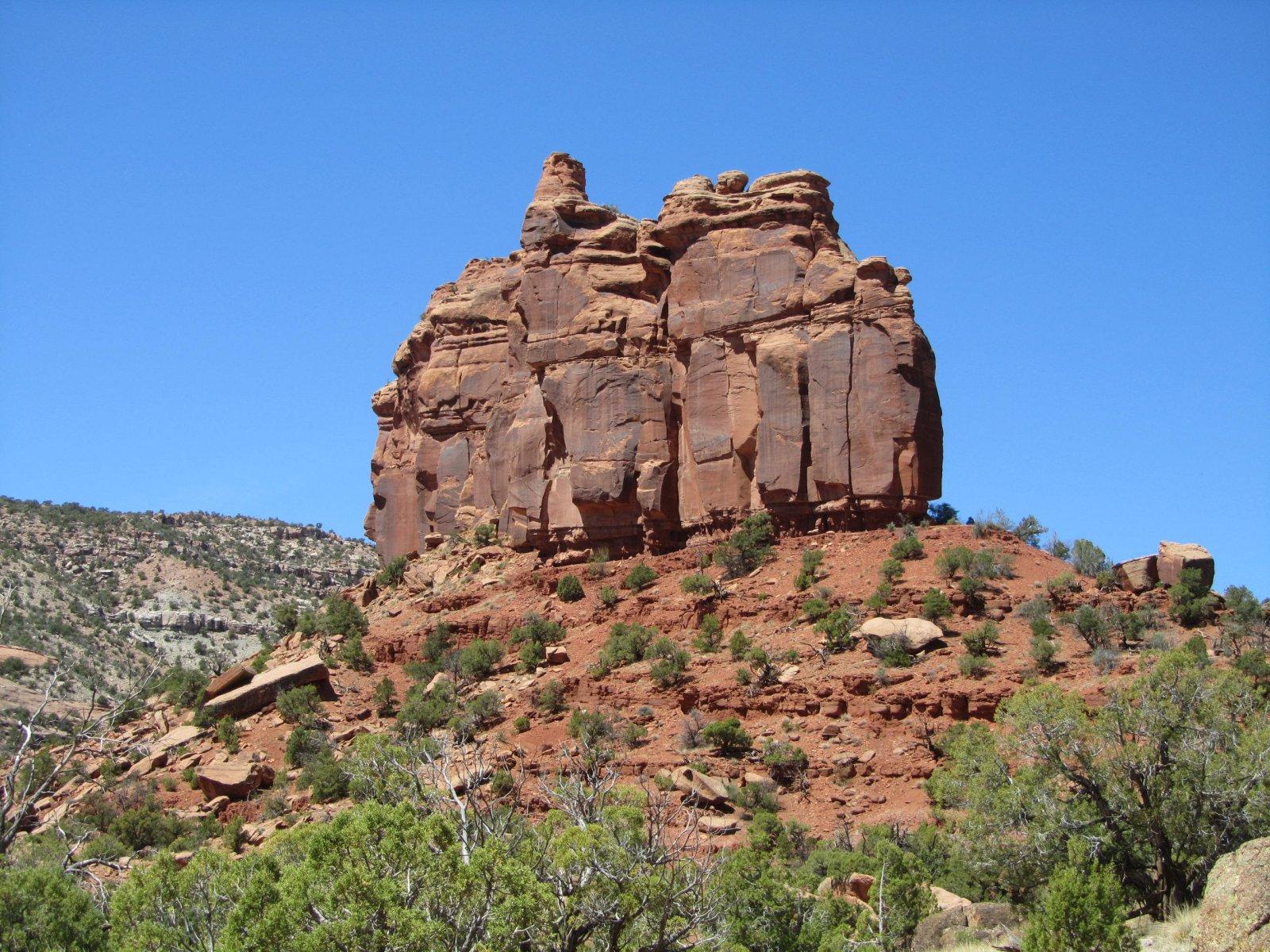 Dominguez Canyons Backpack 4.22.18 068.jpg