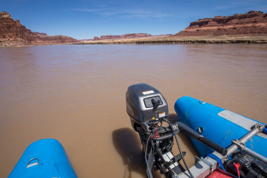 Glen-Canyon-float-2016-1600-3.jpg