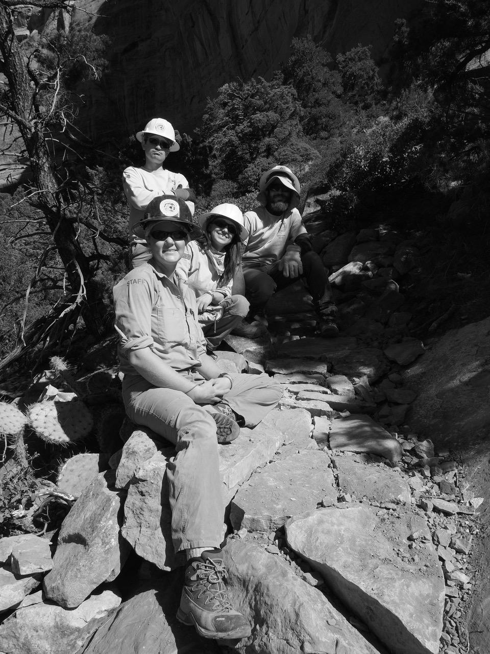 H32-Forest Service team-P2081404.jpg