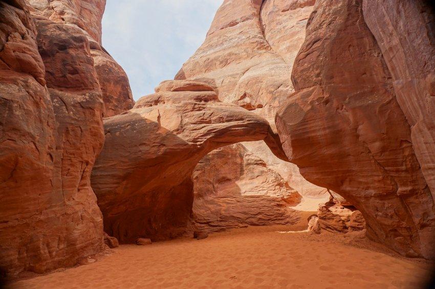 Sand dune arch.jpg