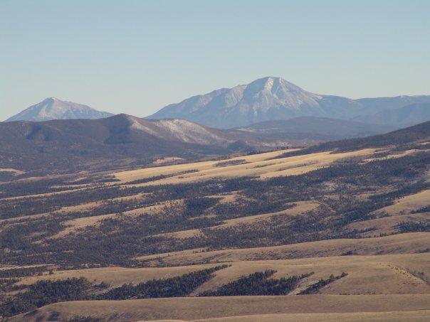 Sangres Mosca to spanish Peaks.jpg