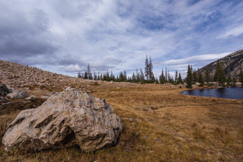 Trail past Divide 3.jpg