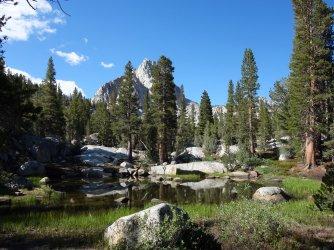 One of the many minor Sabrina Basin lakes
